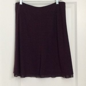 Ladies mid length skirt